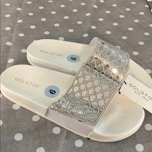 Silver GOLDTOE flip flops 9 new